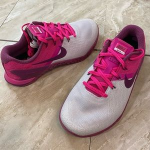 Women's Nike Metcon 3 CrossFit training shoes pink